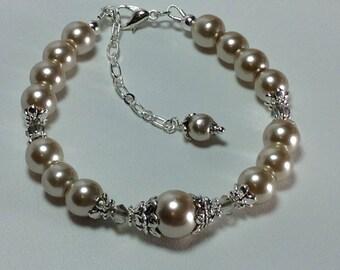 Beige Pearl Bridesmade Bridal Bracelet