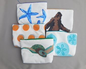 """MORE EVERYTHING BAGS sea turtle sasquatch sand dollars polkadots knobby stars zippered tablet case cosmetic makeup painted 9""""x12""""x2.5"""""""