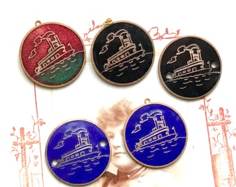Vintage ship Charm, enameled brass charms, vintage Titanic Charms.Enameled charms,boat charms,Ship pendant, ship pendants G20F