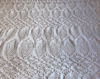 Vintage Large White Oval Crochet Tablecloth Bed Cover