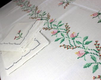 Embroidered Tablecloth Table Cloth - Large Vintage Linen Cross Stitched with Matching Napkins 13979