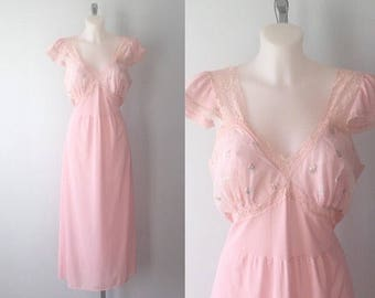 Vintage Beaunit Mills Ltd. Pink Nightgown, 1950s Nightgown, Pink Nightgown, 1950s Lingerie, Romantic, Vintage Nightgown, Nightgowns