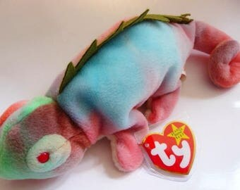 TY Beanie Baby Iggy the iguana   Retired   DOB 8. 12. 97   mint tags with errors   mint condition   vintage toy lizard