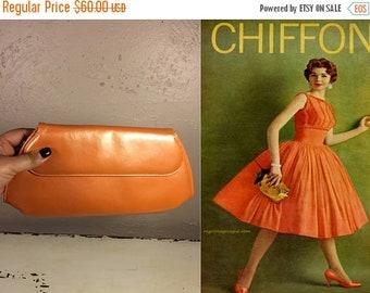 Anniversary Sale 35% Off A Zinger of Citrus - Vintage 1950s Pearlized Orange Patent Leather Clutch Handbag Purse