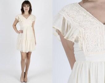 Bohemian Dress Embroidered Dress Boho Dress Prairie Dress Vintage 70s Dress Ivory Lace Dress Hippie Dress Wedding Mini Dress S