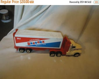 Back Open Sale Vintage 1974 Topps Plastic Original Bazooka Bubble Gum Semi Truck and Trailer, collectable