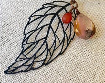 Leaf Volcano Quartz Carnelian Necklace