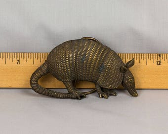 Vintage Armadillo Belt Buckle 1980 Bergamot Brass Works Made in the USA Excellent vintage condition