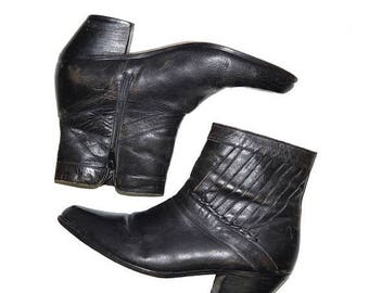 ON SALE Vintage Mens Black Leather Ankle Boots 9D Ankle Boots Punky Westen Sexy Cuban Heels