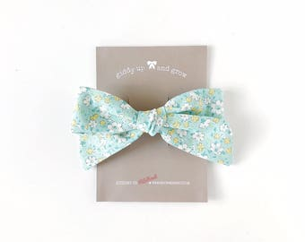 Oversize Summer Bow French Barrette in Mint Floral Print, Schoolgirl Bow, giddyupandgrow