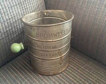 Bromwell's Metal Flour Measuring Sifter Hand Crank Green Handle Vintage Kitchenware 1940s Farmhouse