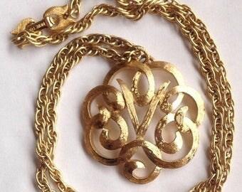 ON SALE Vintage Monet Pendant Necklace Gold Tone