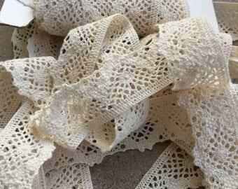 Ecru Cotton Lace Trim