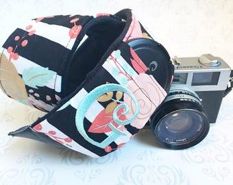 Embroidered DSLR Camera Strap, Padded, Minky, Lens Cap Pocket, Nikon, Canon, DSLR Photography, Photographer Gift - Striped Floral & Black