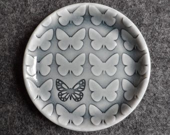 Butterfly little dish for rings, change or bits and bobs, handmade porcelain small plate grey glazed jewelry holder favour small gift.