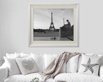 Digital download, printable art, digital art, home decor, living room, dining room, Eiffel tower, black and white, paris