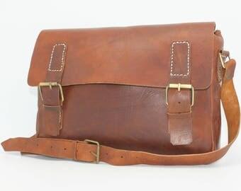 Leather messenger, leather cross body bag, brown, laptop bag vintage style,cartable marron cuir , mens laptop bag, laptop bag leather