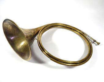 French Antique Hunting Horn in Brass
