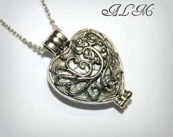 Photo (P4) heart pendant
