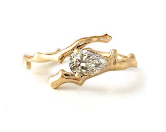 special listing for Niovi - Twig Ring engagement ring in 18 carat gold and pear cut diamond - balance payment