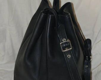 June Savings Coach Bag~Coach~Bucket Bag~Black~Tote~ Cross Body~ Bucket Bag  Handbag