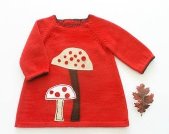 ON SALE Knitted baby dress, red, baby girl, baby gift, felt mushrooms, 100% merino wool. READY to Ship size 1-3 months.