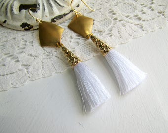 Art Deco Tassel Earrings 1920's Earrings Kite Earrings White Tassel Earrings Art Deco Earrings Downton Abbey Great Gatsby 1920's Jewelrys