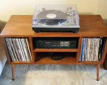 Record Player Cabinet In Mid Century Modern Style Turntable Stand With  Vinyl Album Storage .