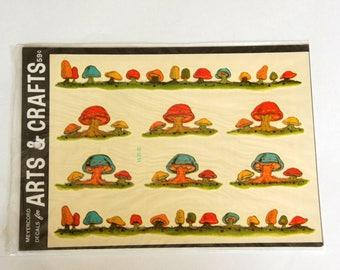 Mushroom Decor, Vintage Meyercord Decals, Mushroom Borders Stickers, 1970s NOS Unopened