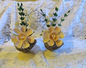 Vintage Pair (2) of Matching Sea Shell Floral Knick Knacks
