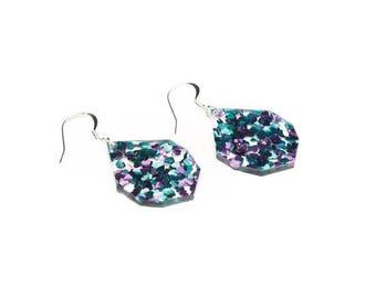 Laser cut glitter earrings - Purple + Blue hearts set in clear acrylic - wide gem drops - acrylic glitter drop earrings - Hypoallergenic