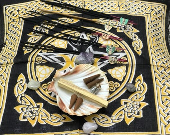 Witchcraft Wicca altar kit meditation chakra kit incense feather quartz natural stones amethyst palo santo incense goddess altar cloth