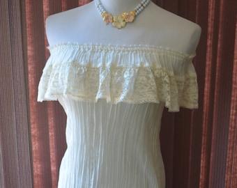 JESSICA'S GUNNIES vintage 70's off the shoulder gauze lace peasant top S/M