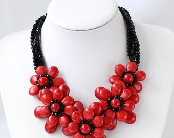 Hand-Woven Red Turquoise Beaded Black crystal Flower Necklace Statement Necklace Turquoise Necklace