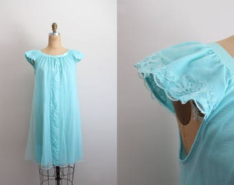 Vintage 60's Nightgown Lace Slip Dress / Wedding Slip / Lace lingerie / Vintage Nightgown / Bridal /  Size S/M