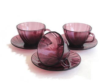 Vereco Duralex Swirl Cups and Saucers Rivage Amethyst Purple Made in France Set of 3