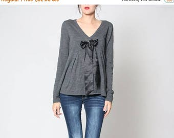 HUGE SALE Vintage 90s Gray V Neck Long Sleeve Shirt with Black Bow