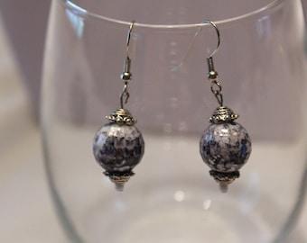 Earrings, Silver and Gray dangle earrings, Silver Earrings, Gray earrings, Dangle earrings, Casual earrings, Little Black Dress, Unique