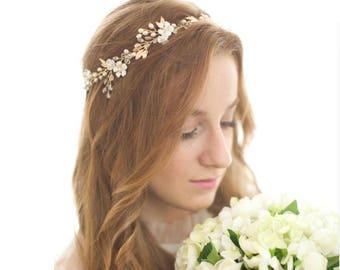 Gold, Silver Leaf Vine Bridal Headpiece. Boho Delicate Crystal Pearl wedding Wreath. Blush Halo Headband. Rhinestone Floral Hairpiece
