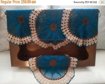 Now On Sale Teal Vintage Doilies, Set of 4 Large Matching Lace Doilies, Mid Century Modern, Retro Home Decor