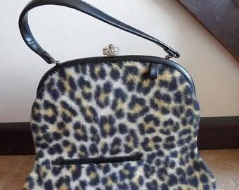 On Sale MOD BEATNIK Vintage 1960's Cat Faux Fur Handbag by IIa of California - Rockabilly Pin Up Glamour Girl Leopard Cheetah Large Purse