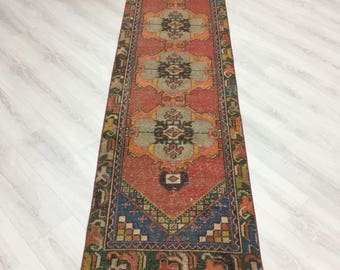 """VINTAGE TURKISH RUNNER,Unique Hand Knotted Low Pile Oriental Muted Runner Rug,Dazzling Tribal Medallions 2'2""""x9'9"""" Narrow Oushak Runner"""