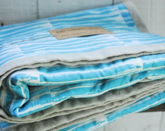 Organic Cotton and Natural Linen Quilt, Aqua Blue Stripes and Natural Linen, Crib Quilt, Toddler Quilt, Baby Quilt, Ocean, Nautical