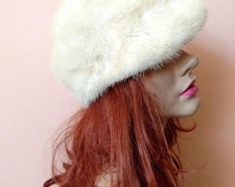 Summer Sale 1960s White Mink Hat with small brim, small size 21, mod 60s winter hat gift