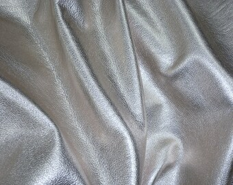ONE ONLY SILVER Metallic 4.5 sq ft (has some scars) Soft pebbled cowhide shows the grain Leather 3.25oz /1.3 mm #136 PeggySueAlso™ E4100-03
