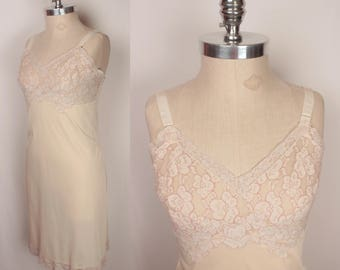 vintage full slip // embroidered lace bust