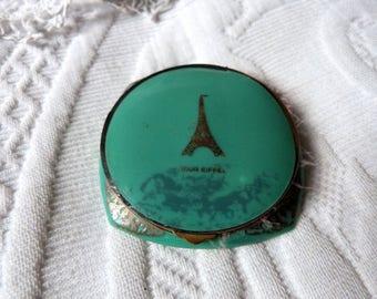 Antique French green compact powder box w the Eiffel Tower Tour d'Eiffel Paris French souvenir box w mirror w pink duvet, vintage vanity box