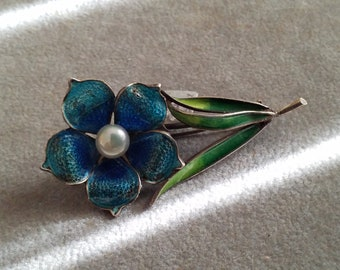 Vintage Art nouveau Plique' a Jour  blue enameled Flower Pin
