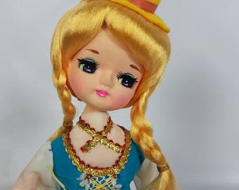 "Vintage Bradley Big Eyes Musical  Blonde Doll SWITZERLAND Fur Elise 13"" Japan"