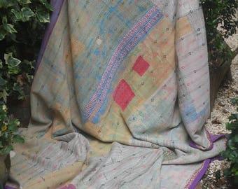 Worn pastel vintage kantha quilt, Kantha throw, Sari blanket, Vintage kantha quilt, Pink Sari throw, Kantha blanket,Boho throw